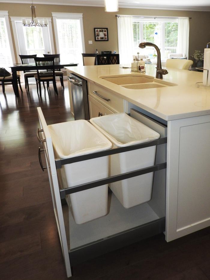 acc-garabage-island-sink